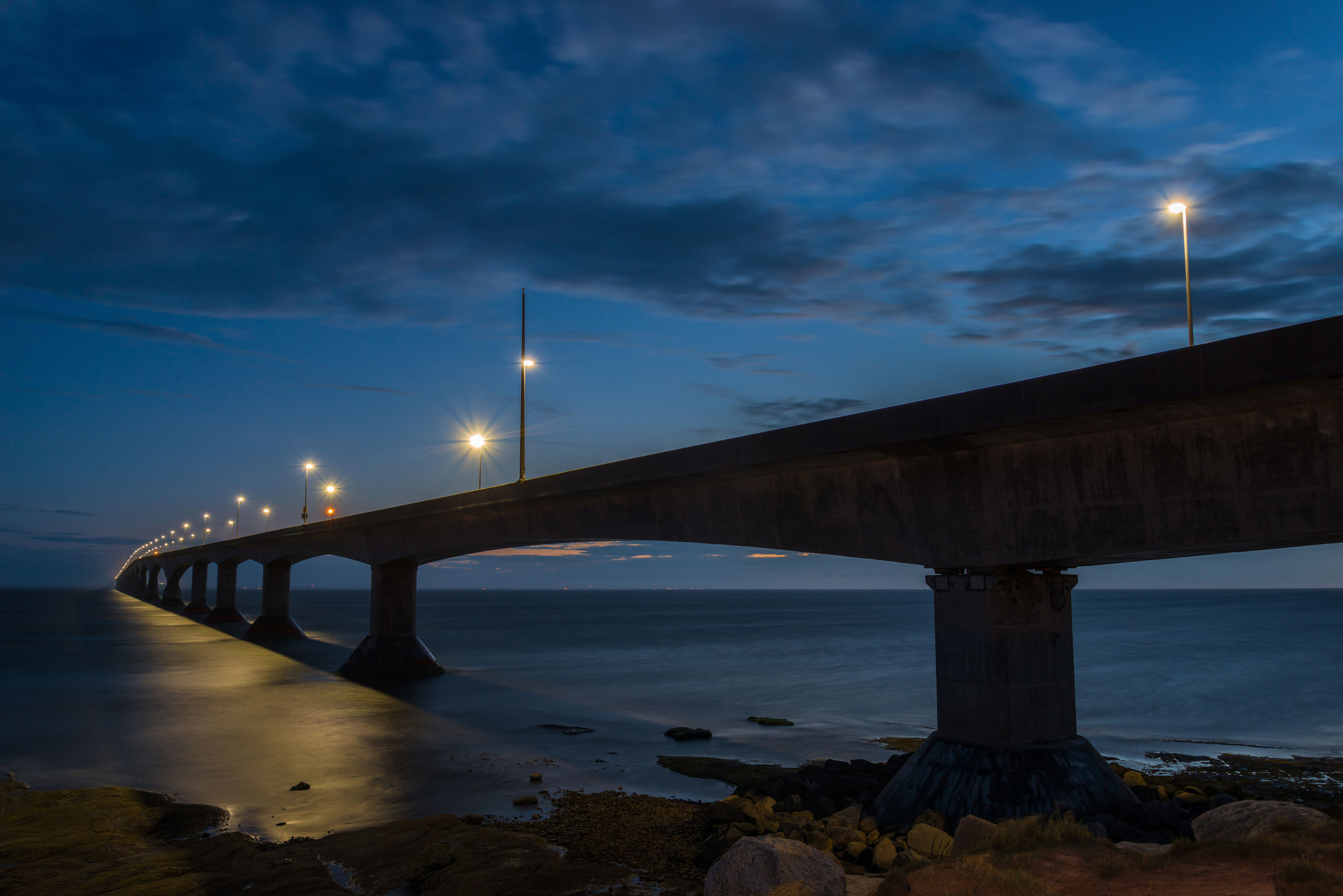 Slide-2-Confederation-Bridge-At-Night